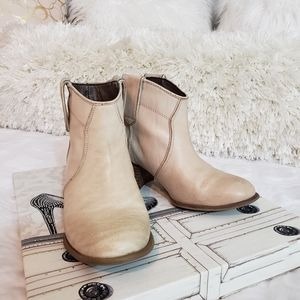Aldo Leather Western Chelsea boots